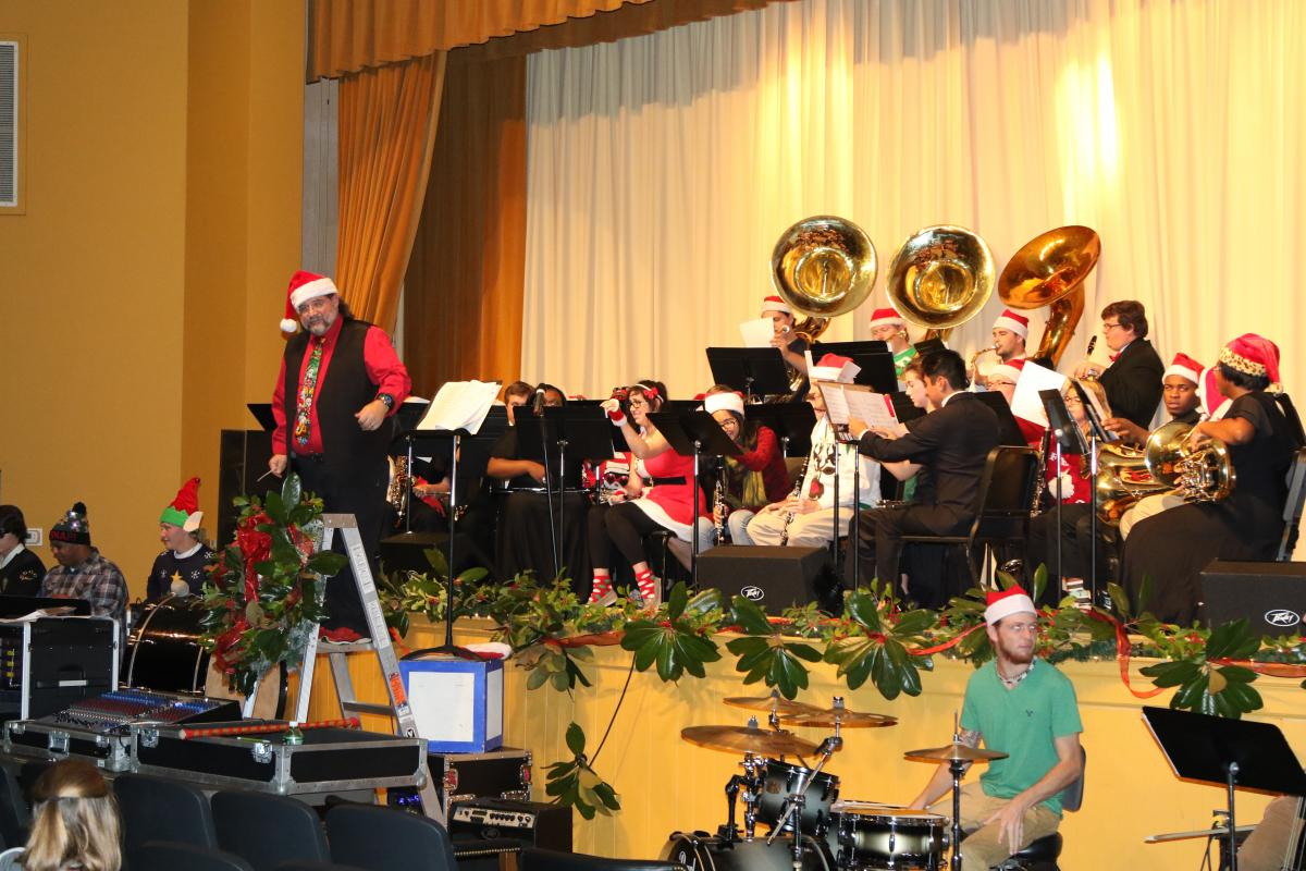 """Eccc 2020 Christmas Events ECCC to Host Fourth Annual """"Christmas Spectacular"""" Nov. 28 